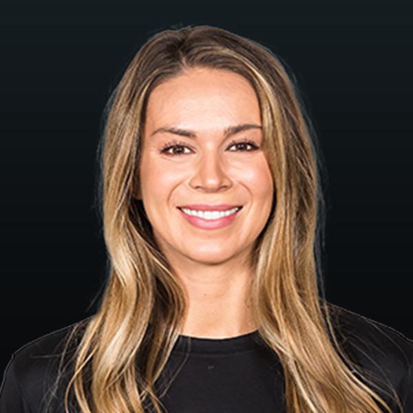 Headshot of Lindsay Stalzer